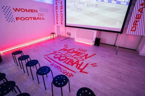 Nike, Women do Football
